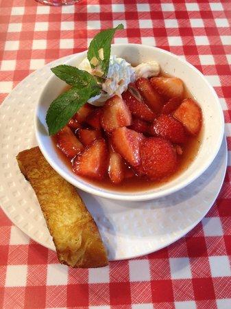 Le Bistrot du port : Petit dessert bien frais pour faire passer le reste!!