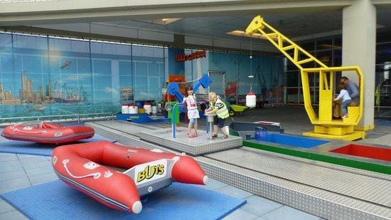 Museo Marítimo de Rotterdam: Outside kids zone