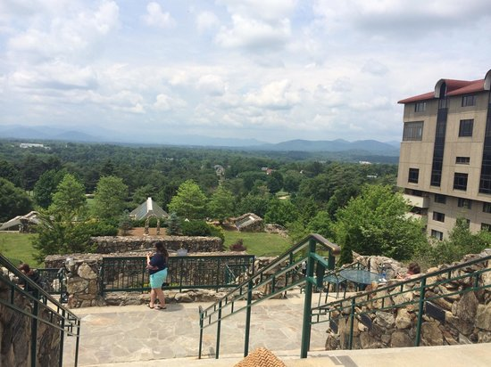 The Omni Grove Park Inn : View from the Sunset Terrace