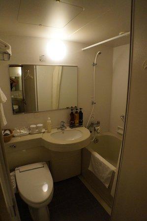 Hotel Sunroute Higashi Shinjuku: bathroom