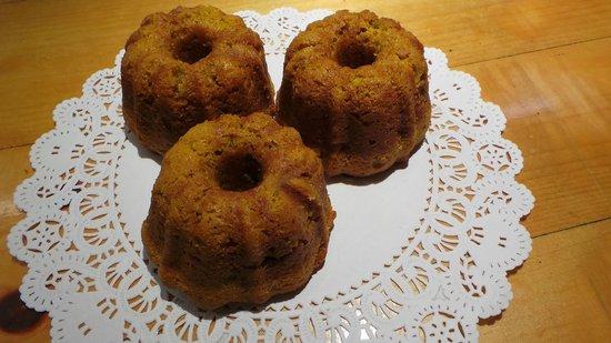 The Bunnery Bakery & Restaurant: Pumpkin Apple Muffins