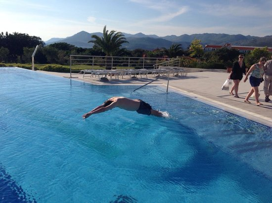 Valamar Lacroma Dubrovnik: Taking a dip