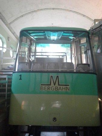 MerkurBergbahn: charming looking train