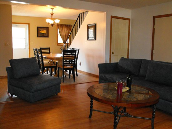 The Villas On Lake George : Town House A