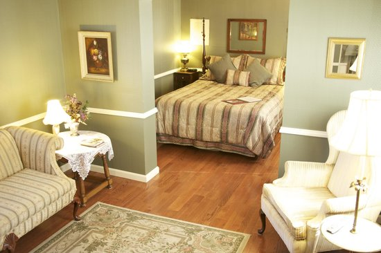 Carriage Inn Bed and Breakfast: The Carriage House Suite