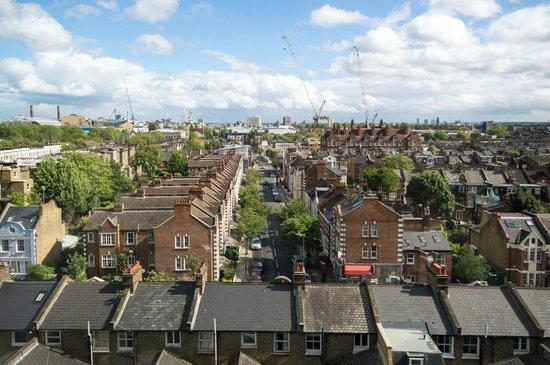 Ibis London Earls Court: Window view