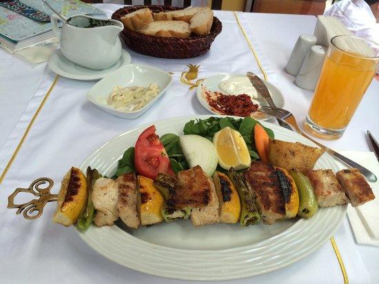Sultanahmet Fish House : Swordfish skewer- Delicious!