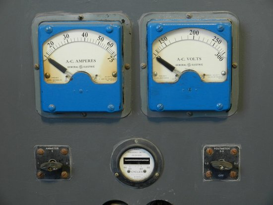 Point Arena Lighthouse: Power Controls on Display in the Museum