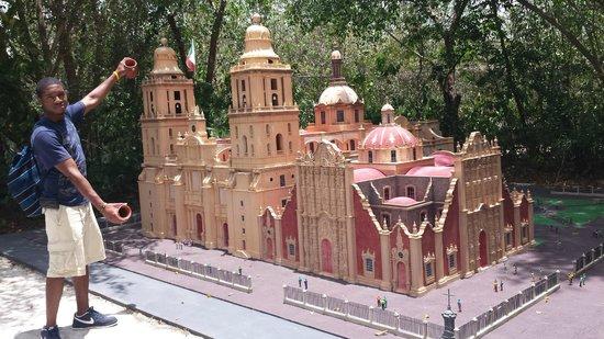 Discover Mexico Cozumel Park: 2