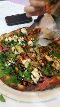 La Tana del Lupo : Pizza Talent... buonissima