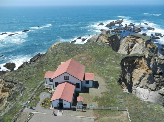Point Arena Lighthouse: View of Former Fog Signal Building