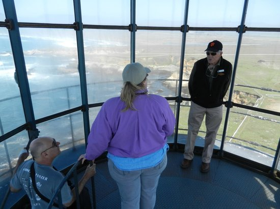 Point Arena Lighthouse: Docent Thayer Tells Stories to Visitors