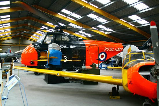 Newark Air Museum: Helicopter Planes and even Flight Simulator