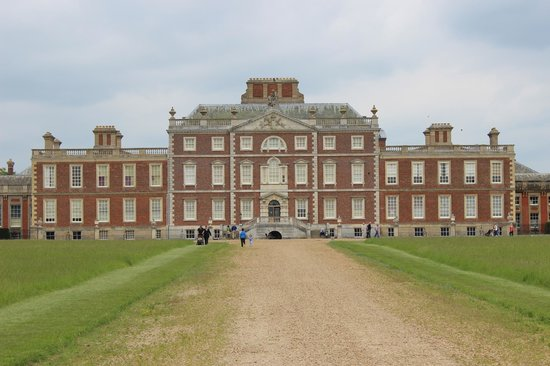 Wimpole Estate: The Hall