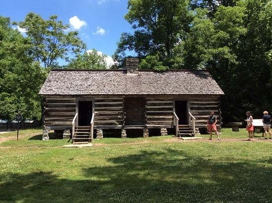 Belle Meade Plantation: Slaves Quarters at Belle Meade