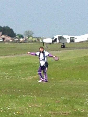 Peterlee Parachute Centre : Helen Ridley