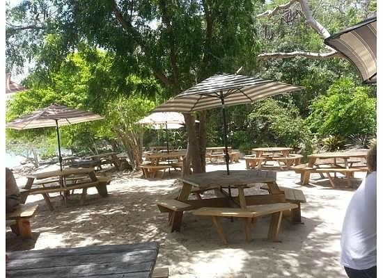 Heidi's Honeymoon Grill : Seating Area