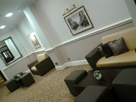 The New County Hotel: Reception Lounge