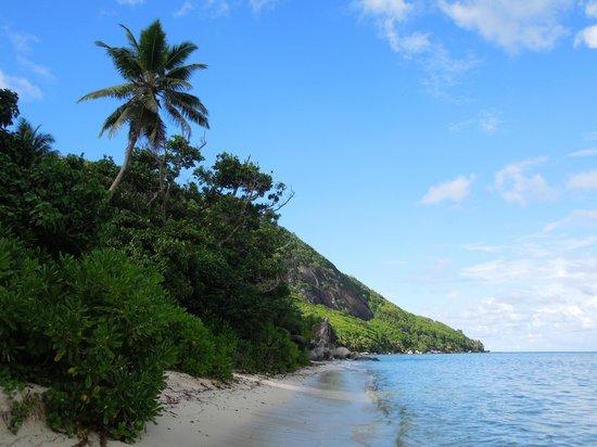 Beachcomber Seychelles Sainte Anne : one of the beaches