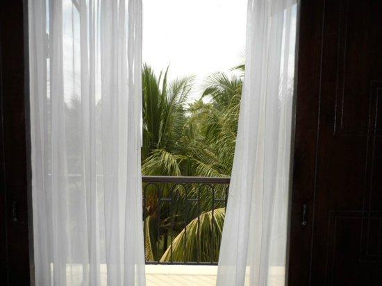 Lotus Blanc Resort : Balcony View