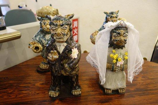 Tsuboya Pottery Museum: Cute sisha pottery~^^