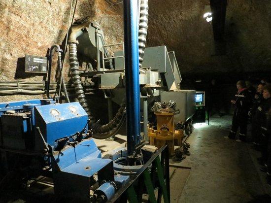 Berchtesgaden Salt Mines : Salt mine old machinery