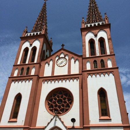 Togo: Church