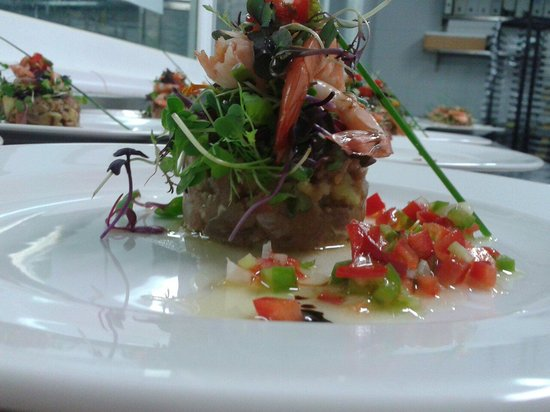 Hotel Abba Fonseca: Tatami de atun y brotes