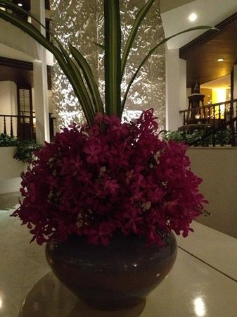 Siam Bayshore : The floral arrangements are a highlight at Siam, Bayshore