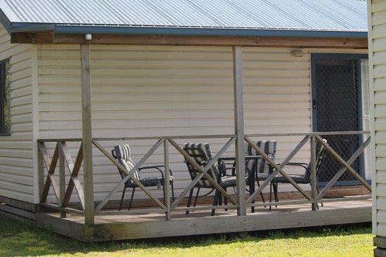 Richmond Caravan and Cabin Park: Deluxe Cabin