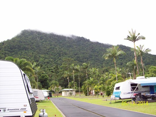 BIG4 Cairns Crystal Cascades Holiday Park: Caravan Park