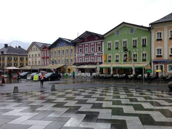 Gray Line Salzburg Sightseeing Tours : Mondsee
