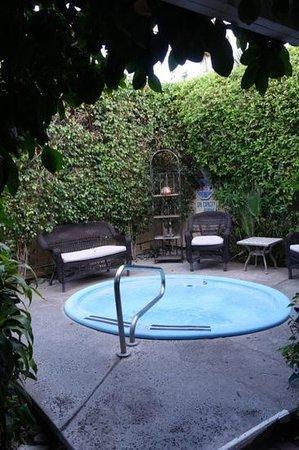 La Dolce Vita Resort & Spa: Hot tub
