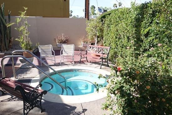 La Dolce Vita Resort & Spa : Hot tub
