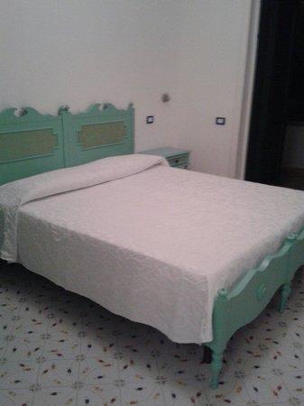 Hotel Le Terrazze: Interno della camera