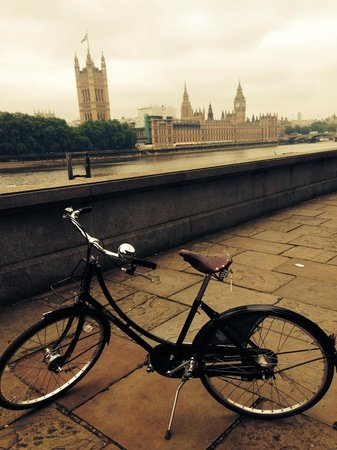 Tally Ho! Cycle Tours: :-) from a vintage bike perspective!