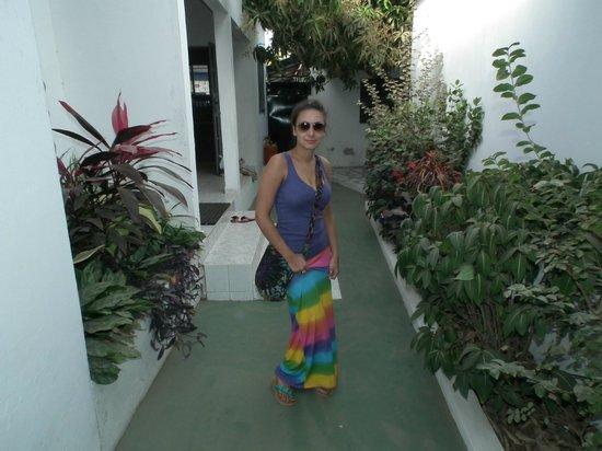 Kachikally Holiday Inn: Me outside our room