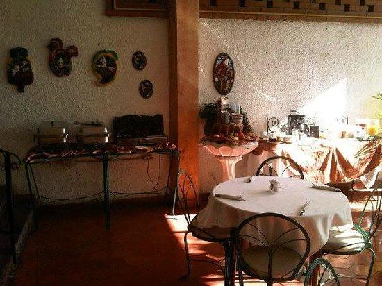 Hospedaje y Apartamentos Cafe Cibreo : Buen desayuno completo