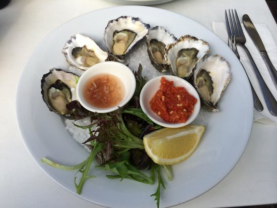 Bluewater Cafe: Sydney Rock Oysters - natural