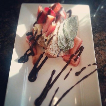 Riverfront Grille: This is how you do strawberry shortcake!  With almond financier cake and basil infused mascarpon