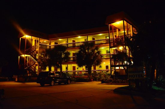 The Saint Augustine Beach House: Front of the Hotel