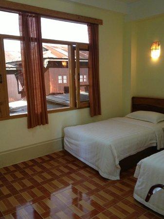 Inle Star Hotel: Quarto duplo