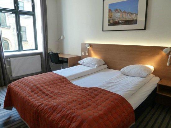 Hotel Copenhagen Crown: Double room