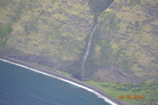 Blue Hawaiian Helicopters - Waikoloa: coastal waterfall