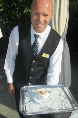 Antiche Mura Hotel : Anthony serving Cappuccino with a smile