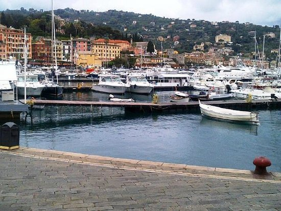 Lido Palace Hotel : The harbor right out front