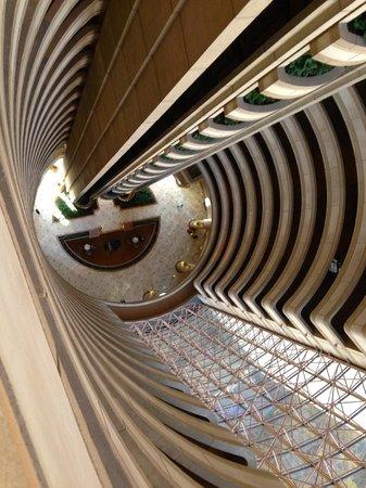 Hotel Santiago: Hall Interno visto do alto
