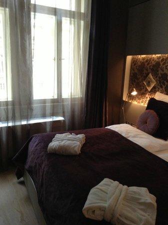 Hotel UNIC Prague: Junior Suite - Bedroom