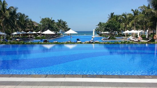 Vinpearl Da Nang Resort & Villas : メインプール