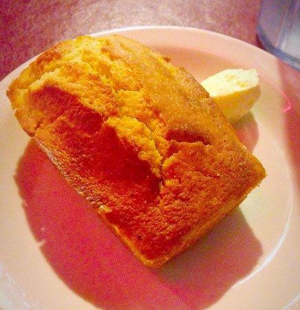 Mert's Heart & Soul : Freshly baked moist corn muffin :)